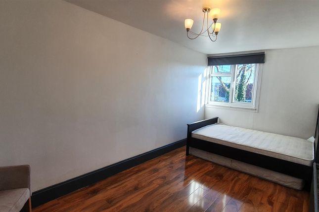 Bedroom 2 of Milton Road, Turnpike Lane, London N15