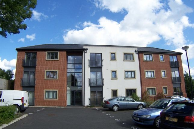Thumbnail Flat to rent in Schofield Close, Rochdale