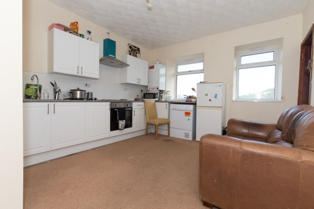 Thumbnail Property to rent in Laura Street, Treforest, Pontypridd
