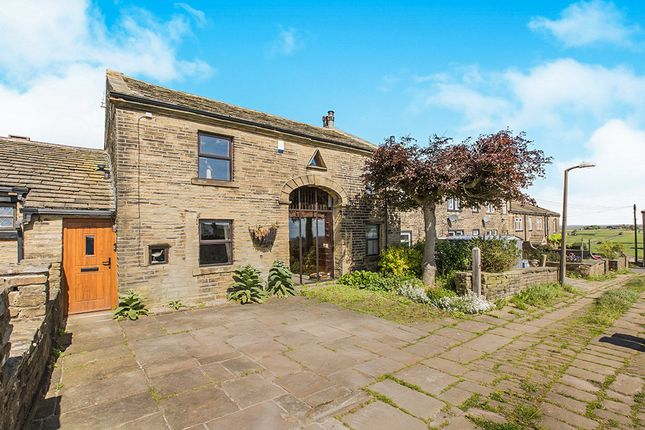 Thumbnail Semi-detached house for sale in School Ridge, Thornton, Bradford