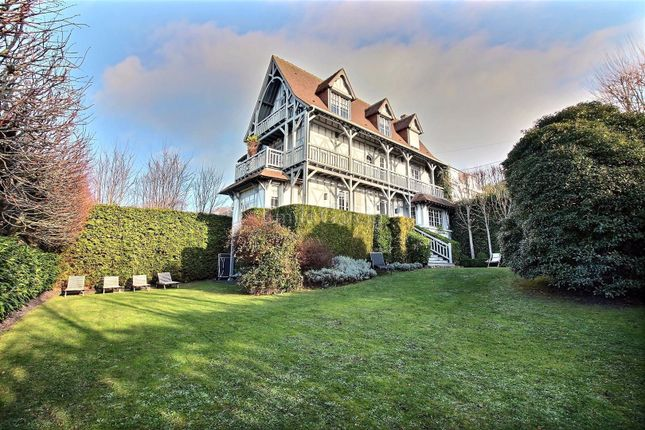 Thumbnail Property for sale in 14360, Trouville Sur Mer, France