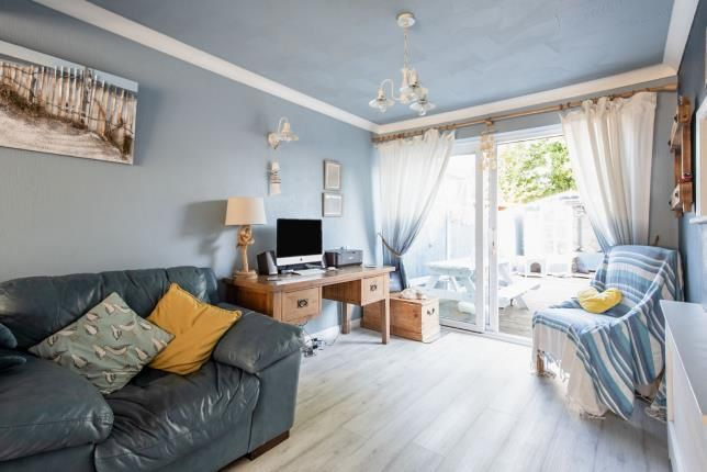 Lounge of Rainham, Essex, Uk RM13