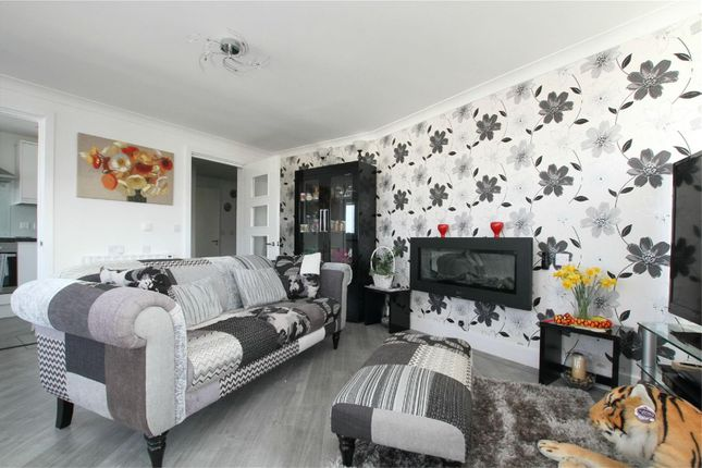 Thumbnail Flat for sale in Minster Drive, Herne Bay