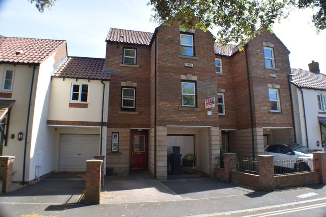 Thumbnail Room to rent in Priory Court, Bridgwater