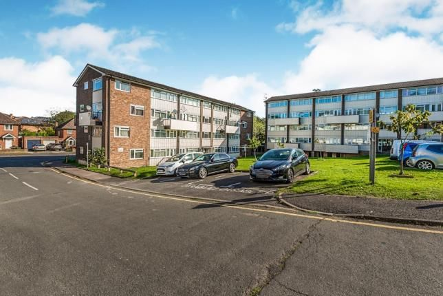 Thumbnail 3 bed flat for sale in Wandle House, North Street, Redhill, Surrey
