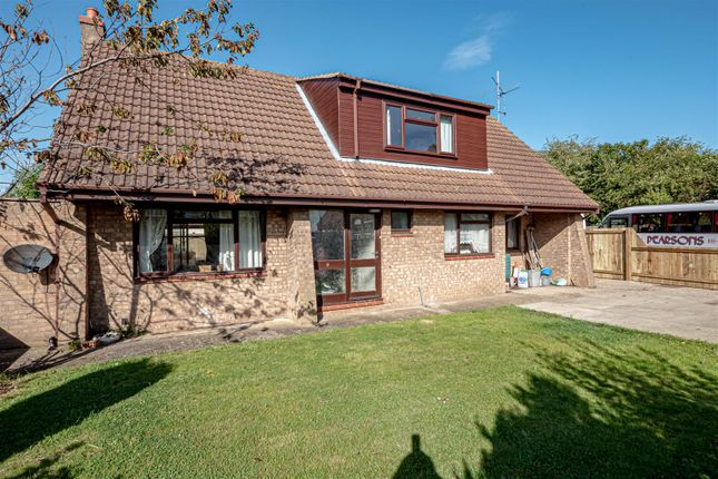 Thumbnail Detached house for sale in Headlands Road, Aldbrough, Hull