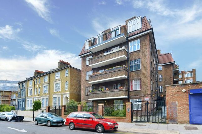 Thumbnail Flat for sale in Shore Road, London