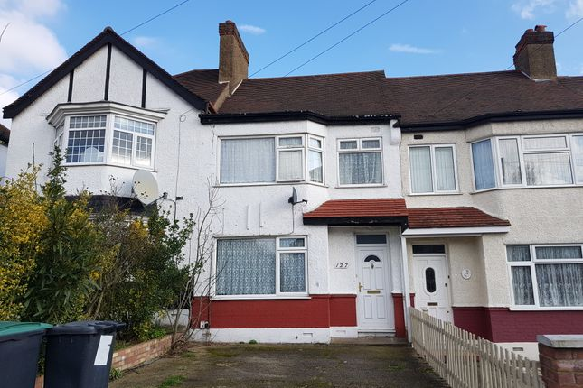 Thumbnail Terraced house for sale in Norfolk Avenue, Palmers Green London