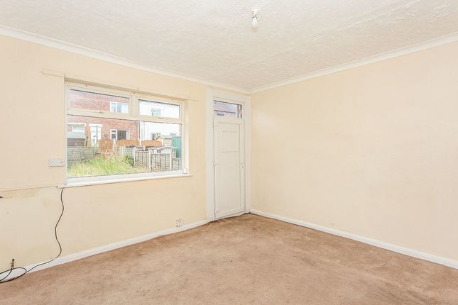 Thumbnail Terraced house to rent in Hollin Hurst, Allerton Bywater, Castleford