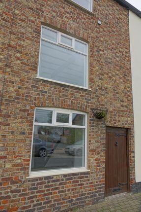Thumbnail Cottage to rent in Stalybridge Road, Mottram, Hyde