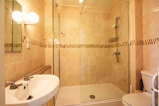 Shower Room of Towngate Mews, Christchurch Road, Ringwood BH24