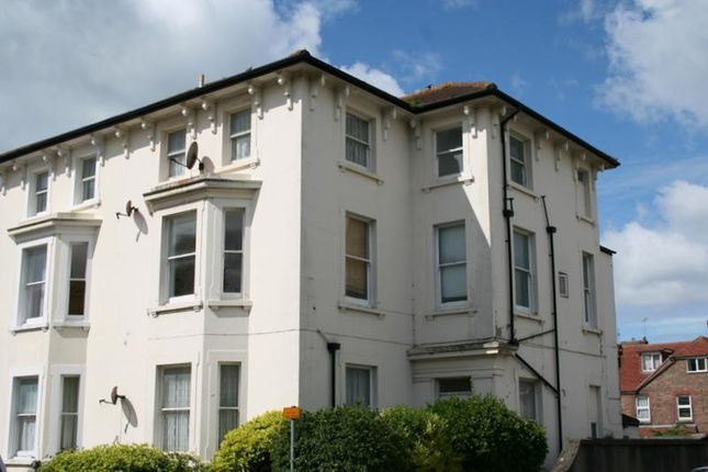 Thumbnail Flat to rent in Norfolk Road, Littlehampton, West Sussex