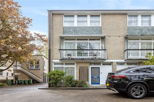Thumbnail Property for sale in Chester Close North, London