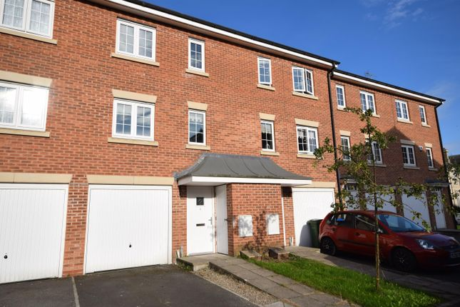3 bed terraced house for sale in Scholars Way, Bridlington