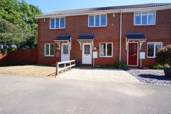 2 bed property to rent in Westons Brake, Emersons Green, Bristol