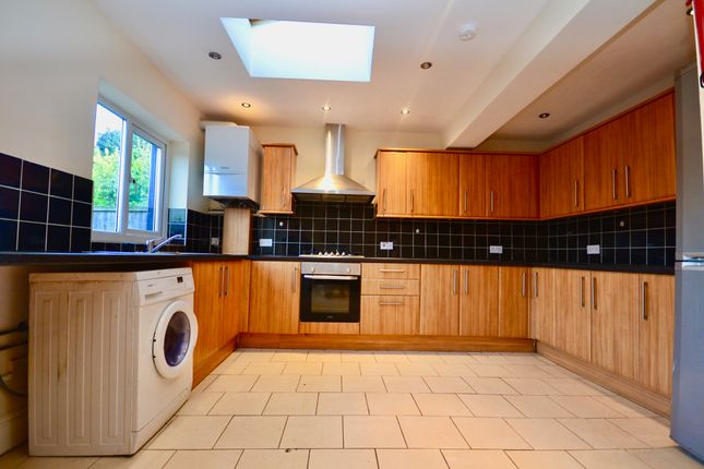 Thumbnail Terraced house to rent in Fairview Road, London