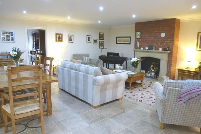 Thumbnail Detached house for sale in Harworth Avenue, Blyth, Worksop