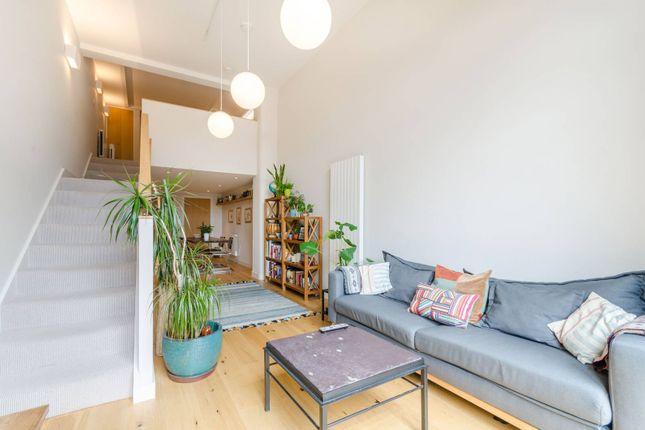 Thumbnail Flat to rent in Cowleaze Road, Kingston