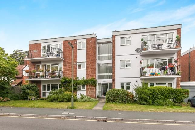 Thumbnail Flat for sale in Hilgay, Guildford, Surrey