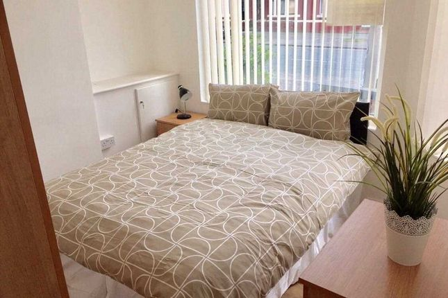 Thumbnail Flat to rent in Rathbone Road, Wavertree, Liverpool