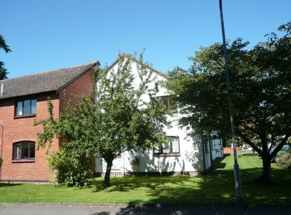 Thumbnail Flat to rent in Wyelands Close, Hinton, Hereford