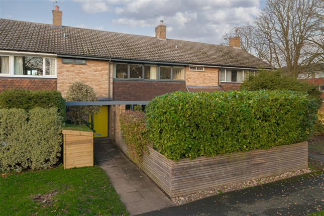 Thumbnail Terraced house for sale in Kelvinbrook, West Molesey