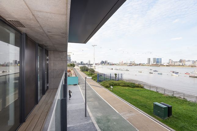 Thumbnail Flat for sale in Waterman Gardens, Greenwich Peninsula, London SE10, London,