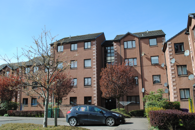 Thumbnail Flat to rent in 11 Almerie Close, Arbroath