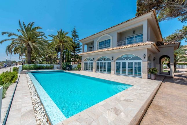 Thumbnail Villa for sale in 1st. Line Beach, Punta Prima, Alicante, Valencia, Spain