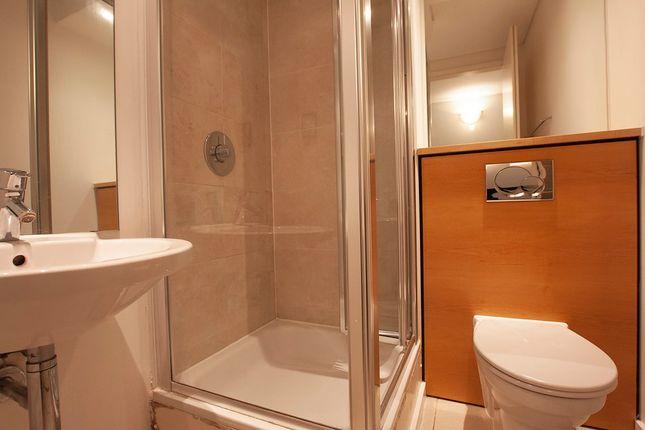 Guest Bathroom of West Parkside, London SE10