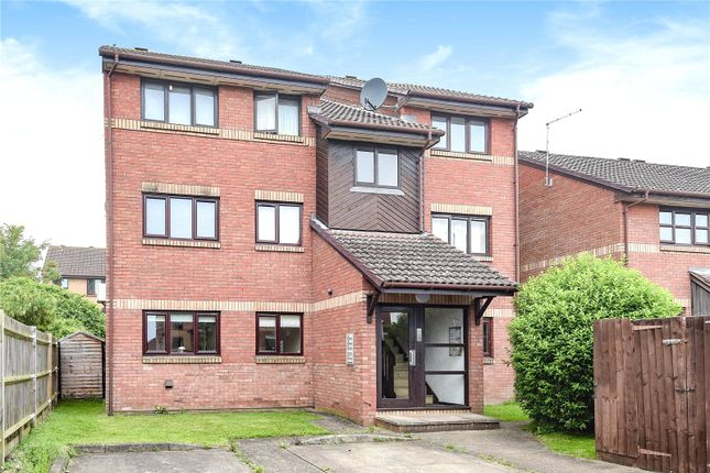 Thumbnail Flat for sale in Tucker Road, Ottershaw, Surrey