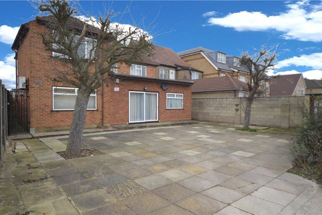 Thumbnail Shared accommodation to rent in Station Approach, South Ruislip, Ruislip, Middlesex