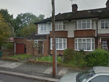 Thumbnail Semi-detached house to rent in Kings Close, Hendon