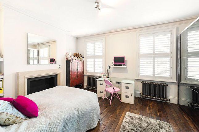 Bedroom of Guthrie Street, Chelsea, London SW3