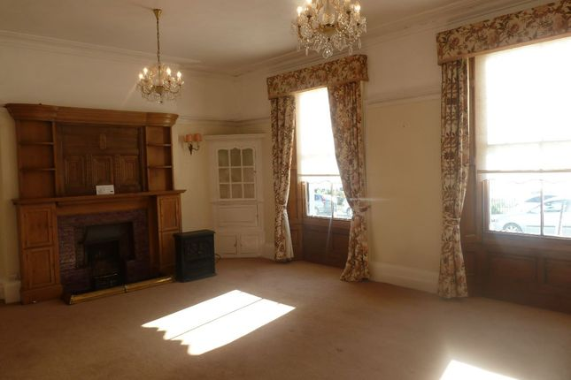 Thumbnail Flat to rent in Louisa Terrace, Exmouth