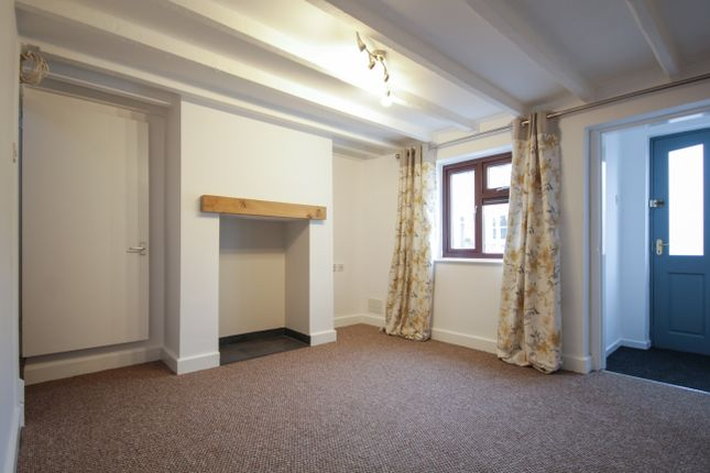 Thumbnail Cottage to rent in Burton Road, Coton-In-The-Ems, Swadlincote