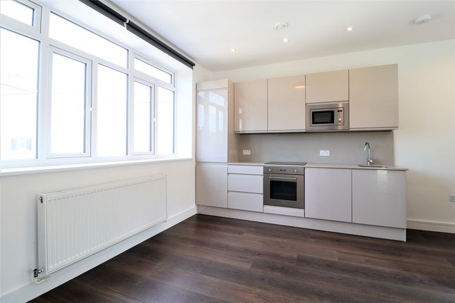 Studio to rent in The Parade, High Street, Watford WD17