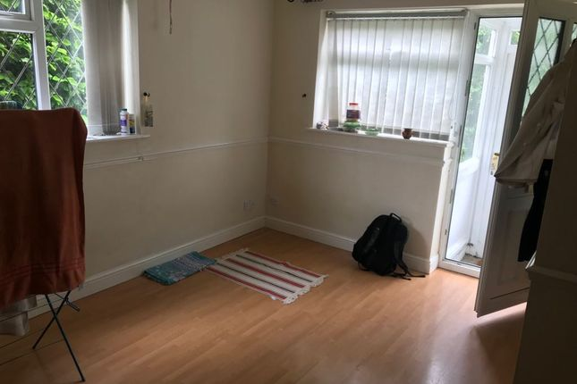 Thumbnail Flat to rent in Blackprince Avenue, Coventry