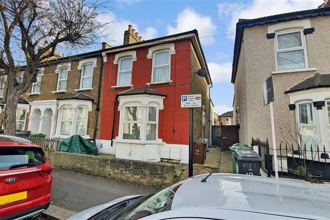 2 bed flat for sale in Leyton Park Road, London E10