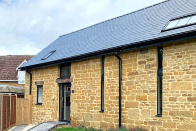 Thumbnail Barn conversion to rent in Warwick Road, Upper Boddington