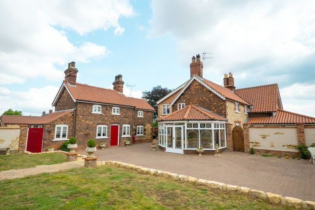 Thumbnail Detached house for sale in Ermine Street, Scunthorpe, South Humberside
