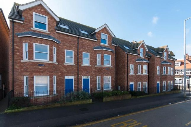 Thumbnail Flat to rent in Canterbury Road, Westgate-On-Sea