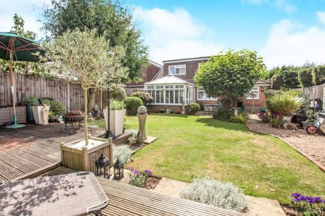 Thumbnail Bungalow for sale in Wind Hill Lane, Charing Heath, Ashford, Kent