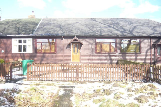 Thumbnail Cottage to rent in Carnock Road, Oakley, Dunfermline