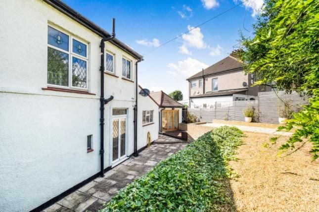 Thumbnail Property for sale in High Road, Chigwell