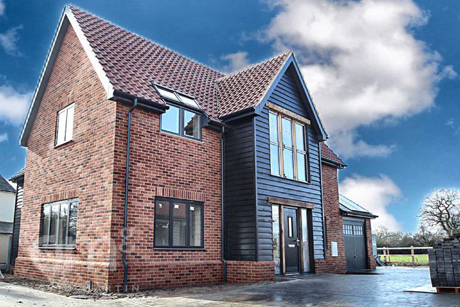 Thumbnail Detached house for sale in Sunnyfields Road, Braintree