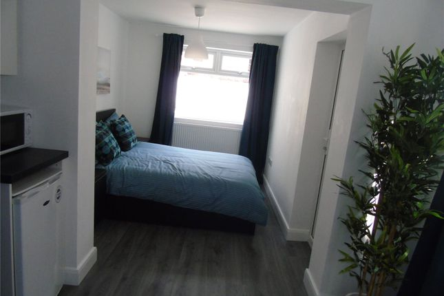 Thumbnail Maisonette to rent in Hornby Road, Bootle