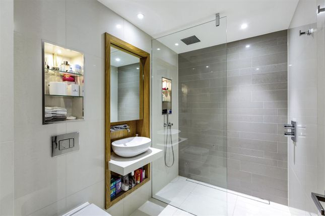 En Suite of The Courthouse, Horseferry Road, Westminster, London SW1P