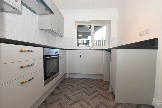 Thumbnail Flat for sale in Great Mistley, Basildon, Essex