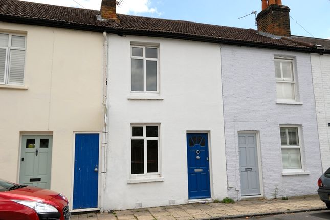 Thumbnail Terraced house to rent in Bell Road, East Molesey
